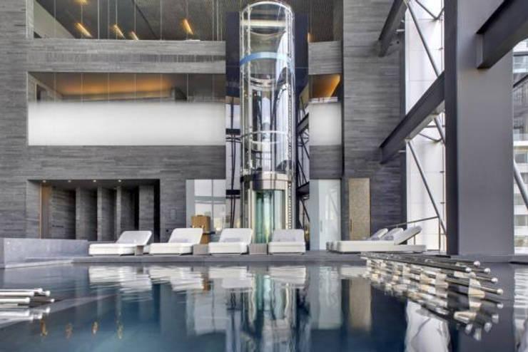 Therma Spa by Vidalta: Spa de estilo  por Serrano Monjaraz Arquitectos
