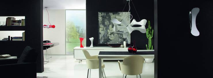 Lámpara ORA: Comedor de estilo  de Santiago Sevillano Industrial Design