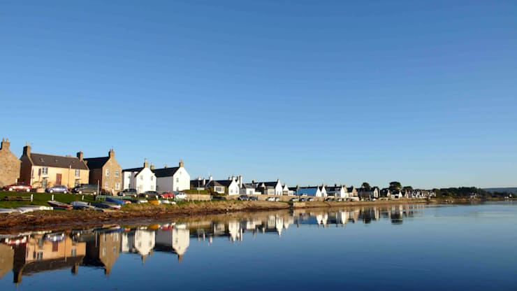 Findhorn Bay:  Houses by Coast2Coast Architects