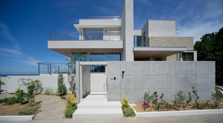 煙樹の家・K邸: 株式会社スタジオパートスリー が手掛けた家です。