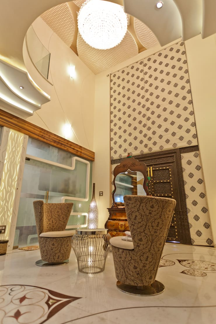 ENTRANCE LOBBY:  Household by NEX LVL DESIGNS PVT. LTD.