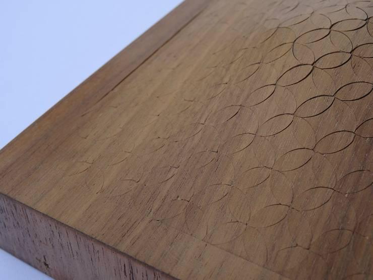 Bois gonflable // Air Wood :  de style  par ARCA (Atelier de Recherche et de Création en Ameublement)