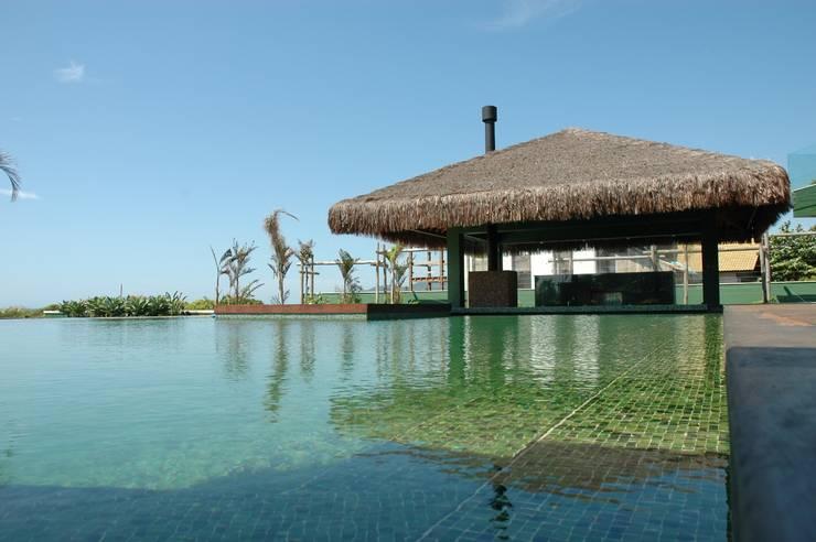 Residência Campeche: Casas modernas por Mantovani e Rita Arquitetura