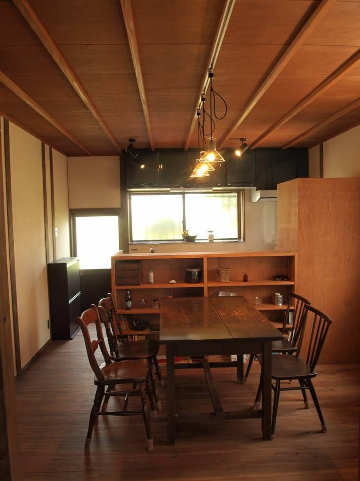 昼のダイニングキッチン2: SKY Lab 関谷建築研究所が手掛けたクラシックです。,クラシック
