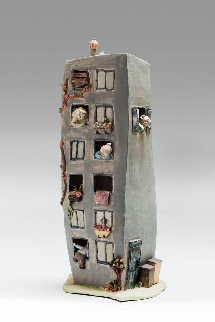 sculpture delphine Barbry: Art de style  par delphine barbry céramique