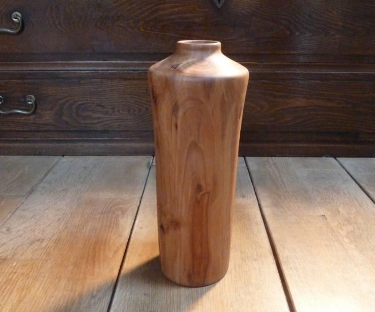 vase en bois: Art de style  par veltz ébénisterie