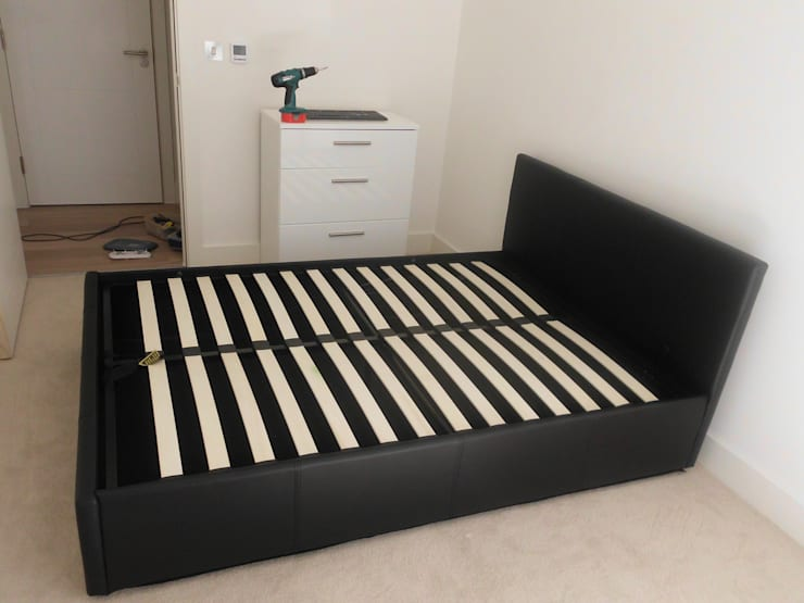 Flat Pack Assembly:   by Flat Pack Assembly