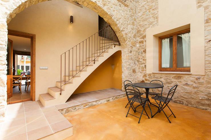 Llafranc 8: Hoteles de estilo  de Gramil Interiorismo II