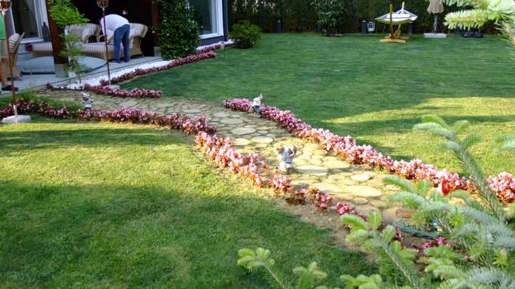 EDMİMARLIK INTERIOR STUDIO – GÖKTÜRK KEMERPARK EVLERİ:  tarz Bahçe, Modern
