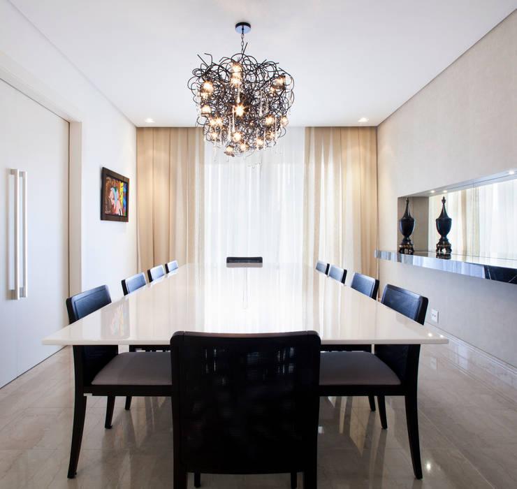 Ruang Makan oleh ArkDek, Eklektik