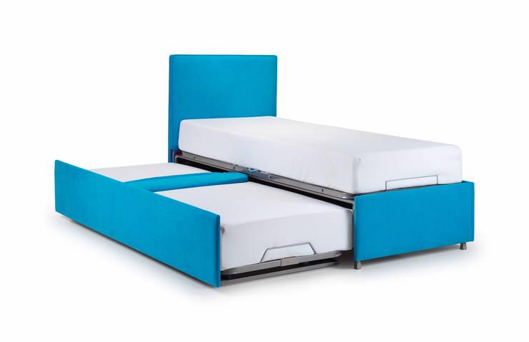 Dormitorios de estilo  por THE STORAGE BED