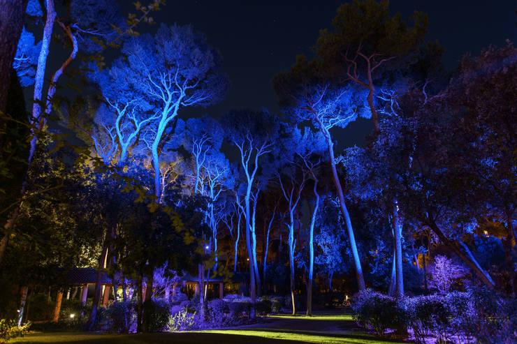 Jardines de estilo mediterráneo de Artlight Design