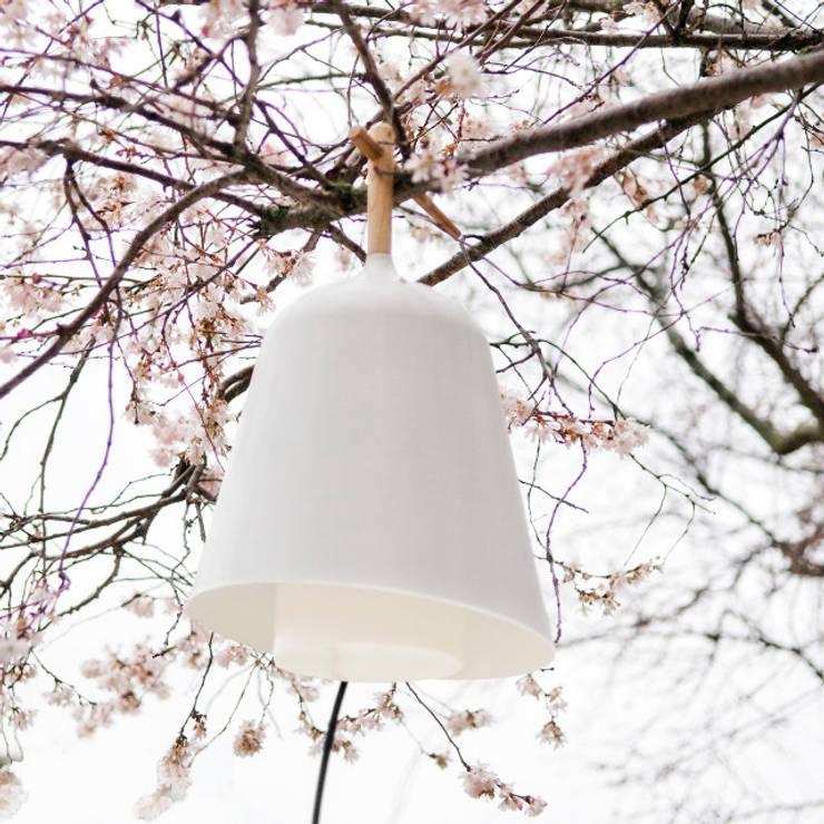 Sous mon arbre:  de style  par Florian Brillet
