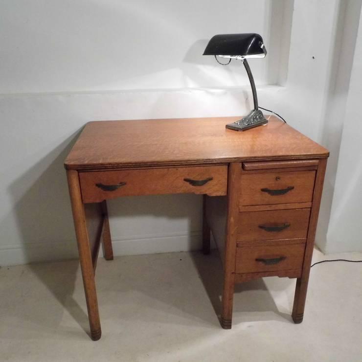 Art Deco Desk:  Office spaces & stores  by Travers Antiques