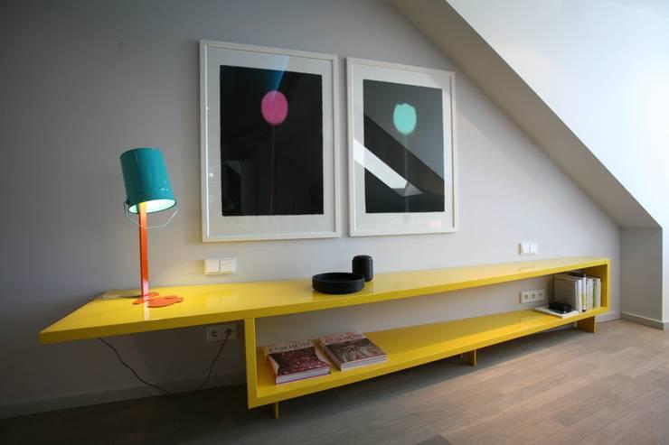 Sideboard Schlafzimmer: moderne Schlafzimmer von tredup Design.Interiors