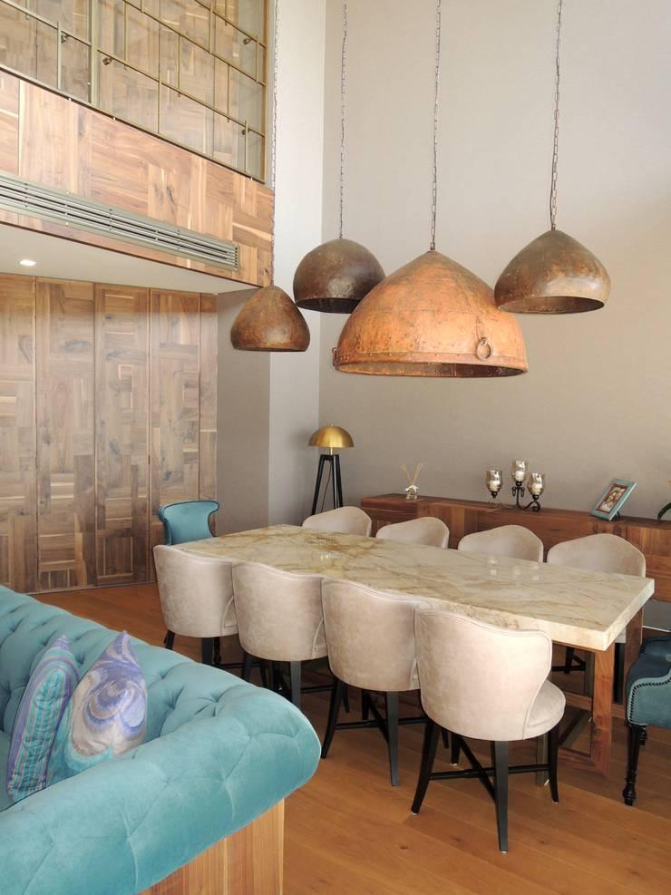 Visage Home Style – A project in İzmir, Turkiye.  - İzmir'de uygulaması bize ait bir projenin salonundan bir kare.:  tarz Yemek Odası