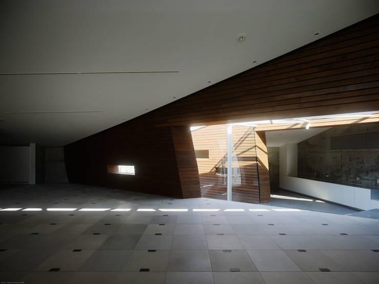 SUNWELL MUSE KITASANDO by タカトタマガミデザイン/TAKATOTAMAGAMI ARCHITECTURAL DESIGN Modern