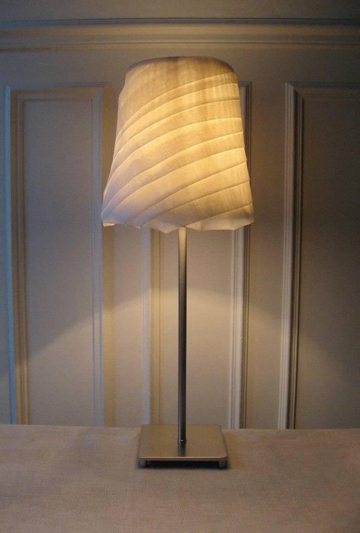 Voile d'Esprit - PM simple: Maison de style  par Gael L. d'Aragon