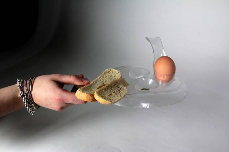 Ghost Eggcup: Cuisine de style  par Clémence Germain