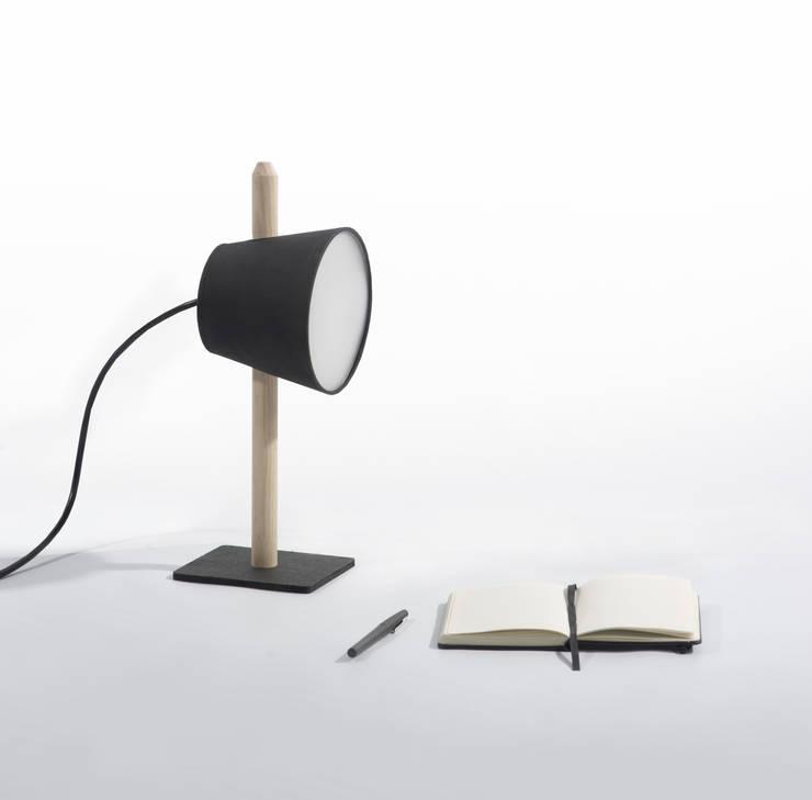 Lampe(s): Maison de style  par Andy GEHIN