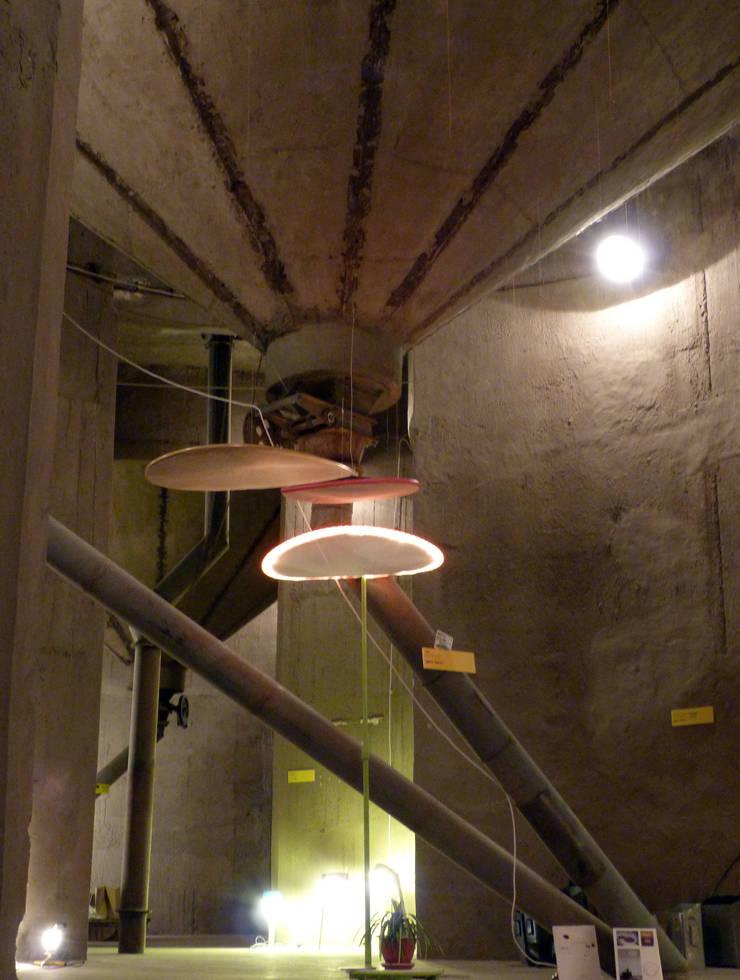 Trio de Para : Balcon, Veranda & Terrasse de style  par evY Design