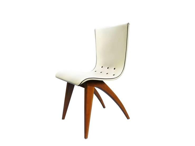 Design : styl , w kategorii Domowe biuro i gabinet zaprojektowany przez SKŁAD DESIGN ,Klasyczny