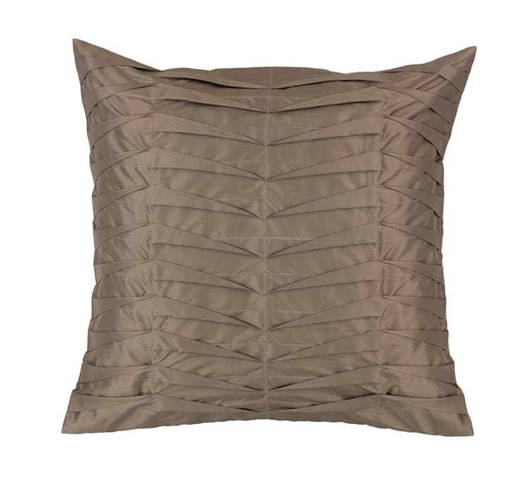 Hand Pleated Charcoal Silk Cushion:  Living room by Le Cocon