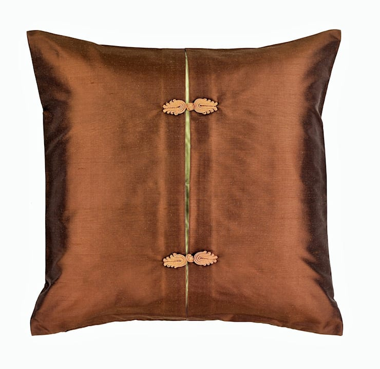 Asiatique Mocha Handmade Silk Cushion:  Living room by Le Cocon