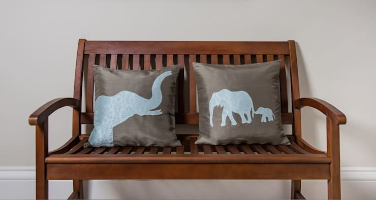 Wild Life Handmade Silk Cushions:  Living room by Le Cocon