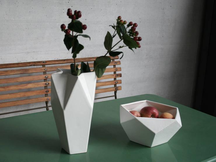 Geometrische Keramikserie 5Eck-Familie :  Wohnzimmer von Raum B