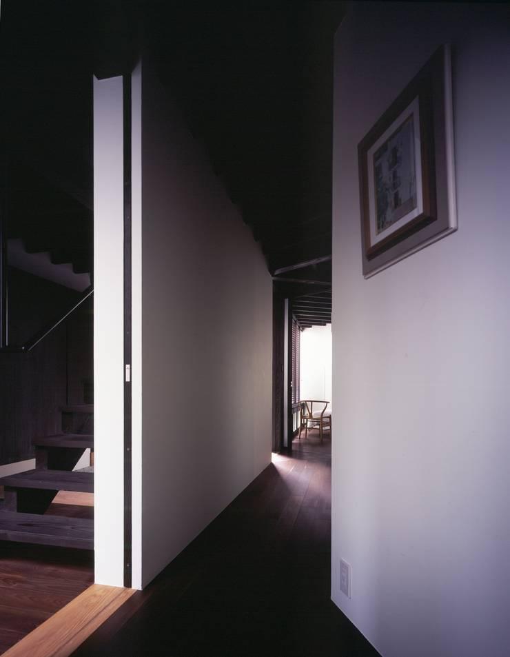 O-HOUSE: 向山徹建築設計室が手掛けた家です。