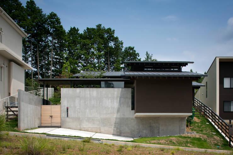 Casas de estilo  de 設計組織DNA