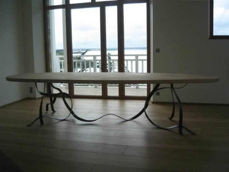 Table:  de style  par Pauline Baste Morand