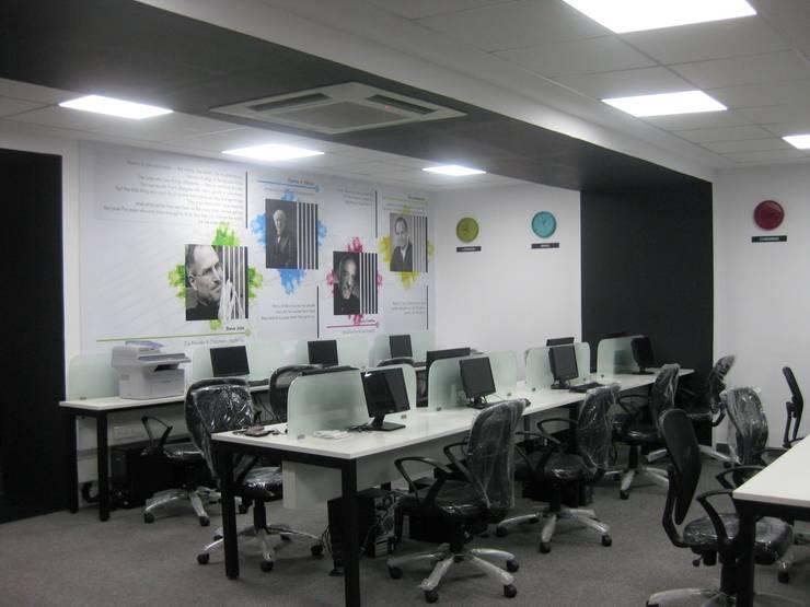 Office Interiors:   by MRN Associates