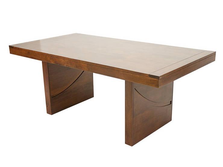 Table De Repas Hévéa Horizon: Salle à manger de style  par Planète Cocoon