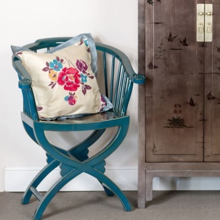 Teal Lacquer Horn Chair :  Dining room by Orchid