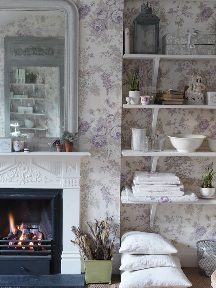 Bespoke Wallpaper:   by Cabbages & Roses