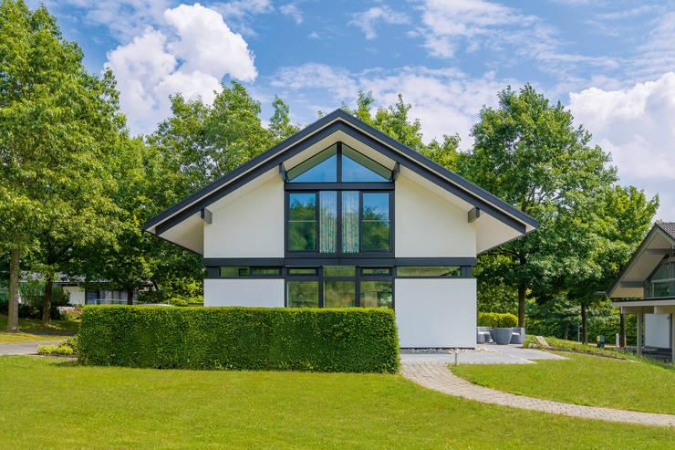 Дома в . Автор – HUF HAUS GmbH u. Co. KG