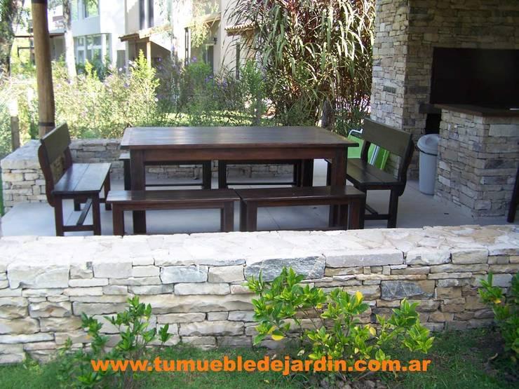 Mesas: Jardines de estilo  por Tu Mueble de Jardin