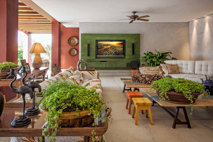 ในครัวเรือน by Gislene Lopes Arquitetura e Design de Interiores