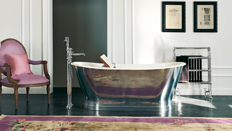 ​Vasca Richmond: Bagno in stile  di Gentry Home