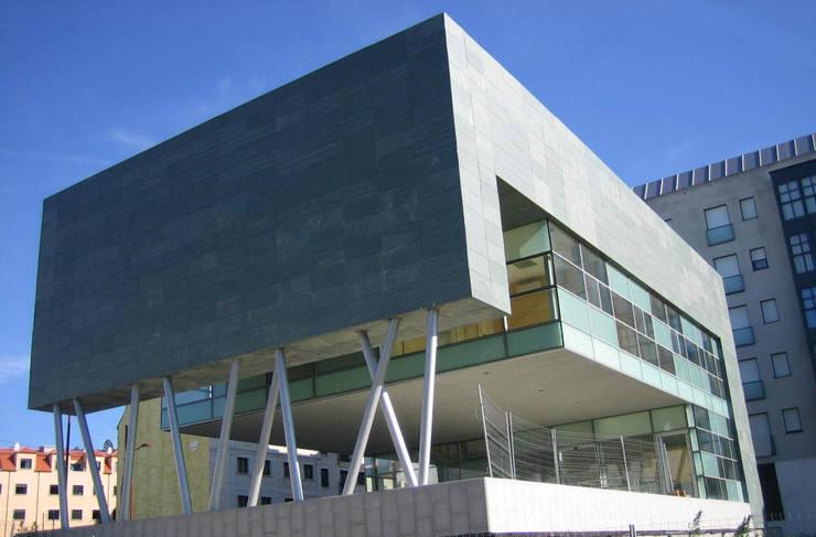Centro Comarcal Caldas de Reis (Pontevedra):  de estilo  de NAOS ARQUITECTURA