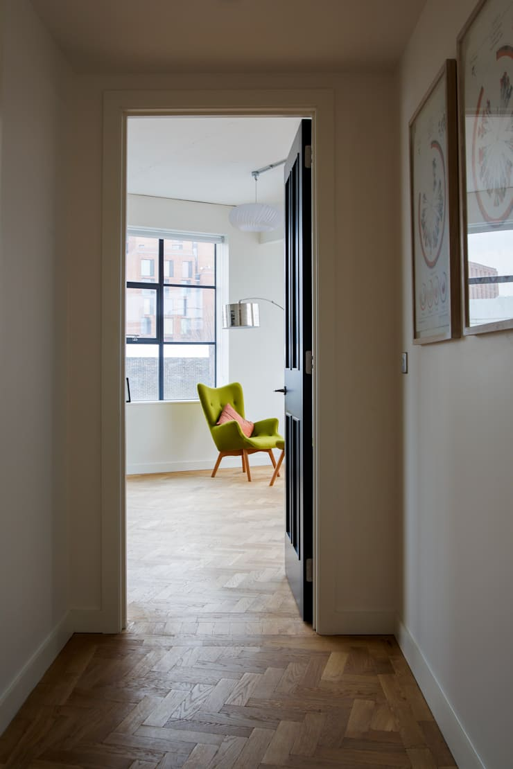 Drakes Headquarters, 76 East Road - Residential Flats:  Living room by Hawkins/Brown
