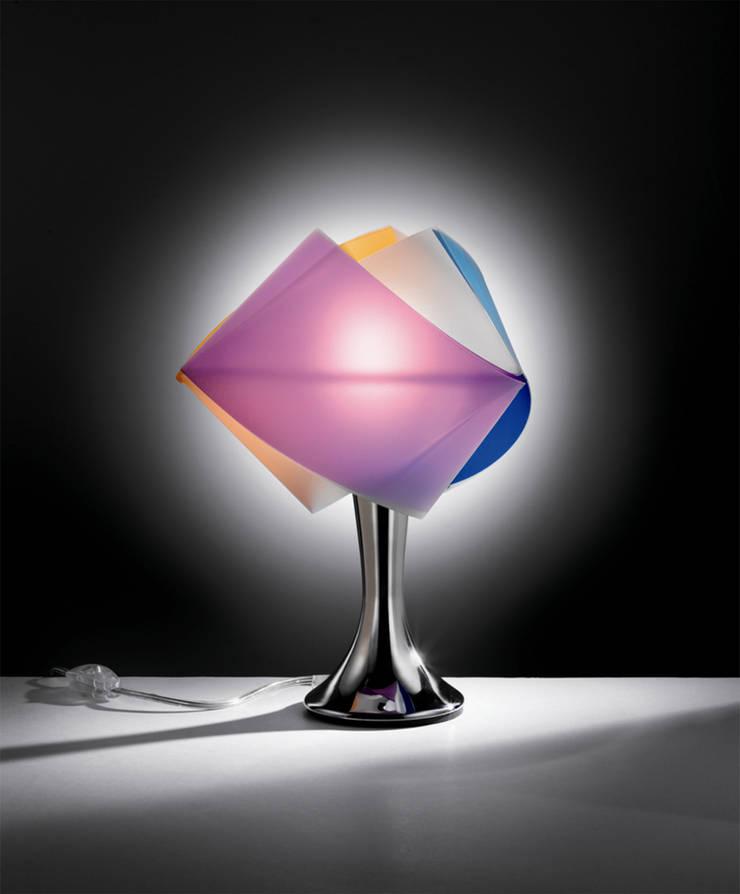 Gemmy table:  in stile  di Bottega Design