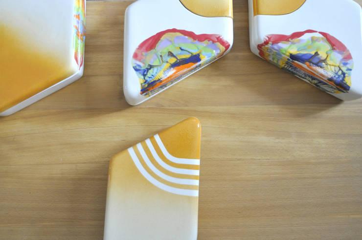 Ceramic Collection CURVES: Arte in stile  di Cynthia Viale,