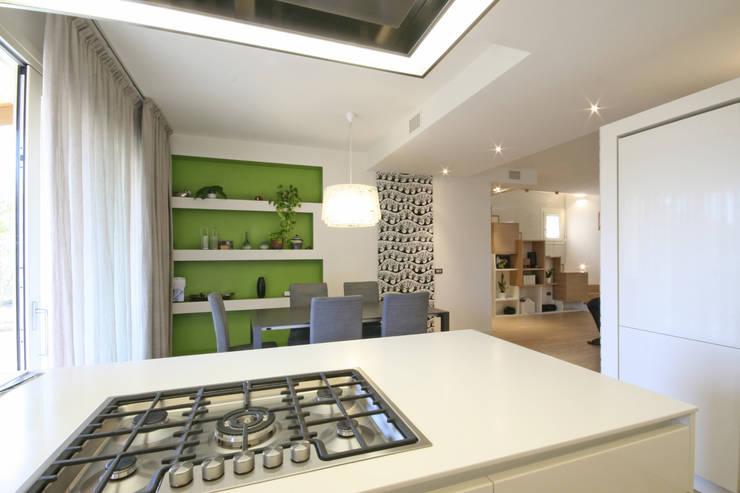 House in Marostica: Cucina in stile  di Diego Gnoato Architect