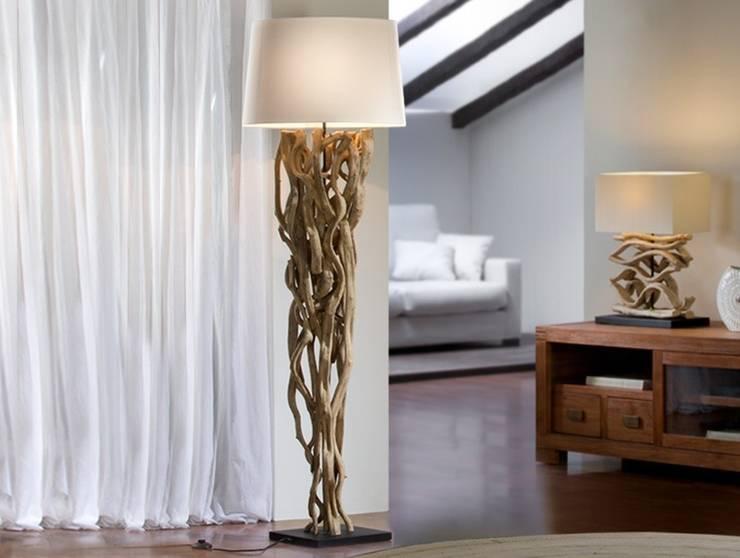 Lámpara de Pie Moderna Liana: Salones de estilo  de Ámbar Muebles