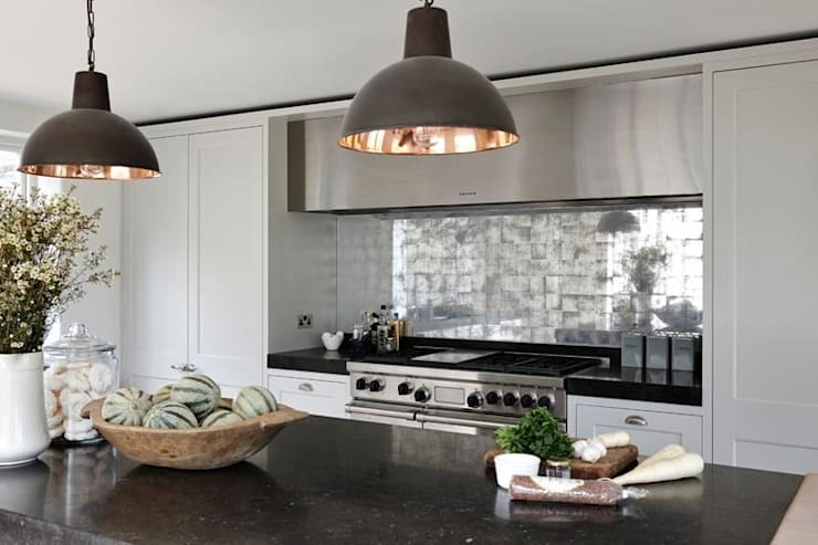 Heritage:  Kitchen by Mowlem&Co