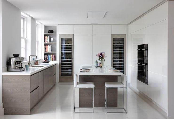 Purity:  Kitchen by Mowlem&Co