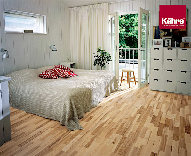 Dormitorios de estilo  de Kährs Parkett Deutschland